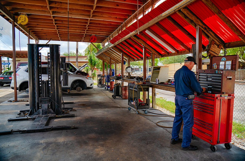 Davie Garage is proud of the work they do and the clean service bays reflect each technicians dedication to doing their best for you and your vehicle.